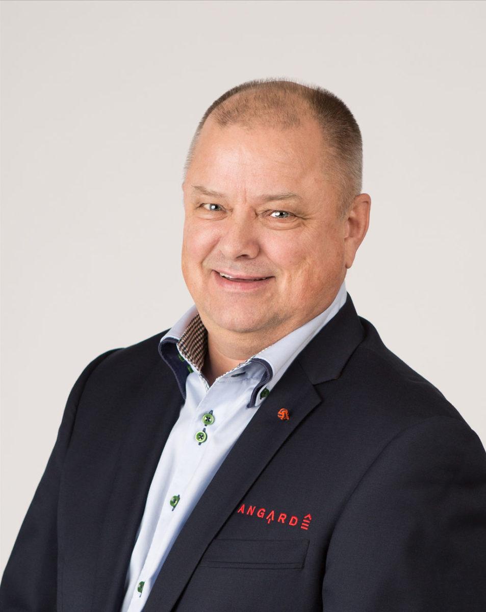Morten E Fredriksen
